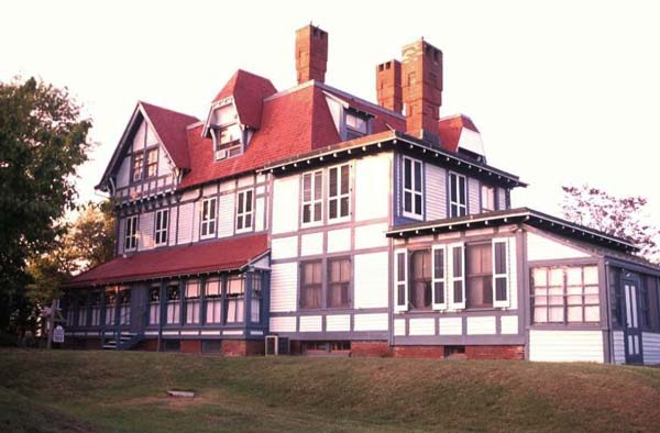 Victorian Stick Home