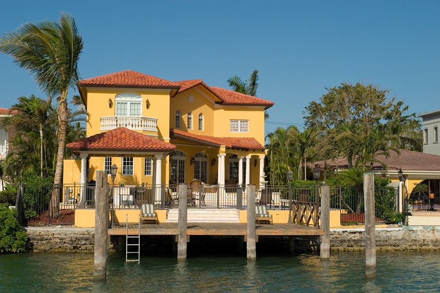 Search Palm Coast Saltwater Canal homes and Palm Coast Saltwater Canal real estate.