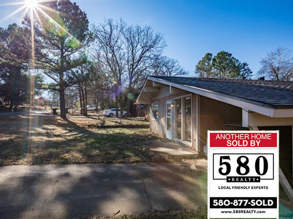 SOLD - 2109 Laura Drive Durant OK 74701