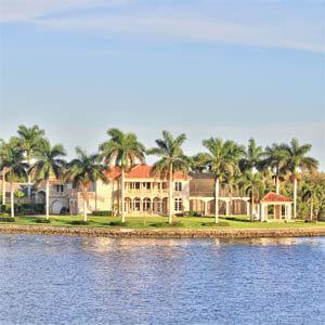 Naples FL Luxury Waterfront Homes