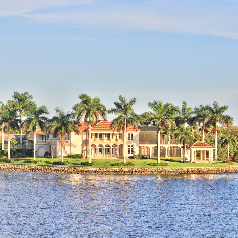 Naples FL Luxury Waterfront Homes