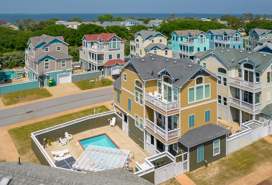 Corolla House for sale with a private pool