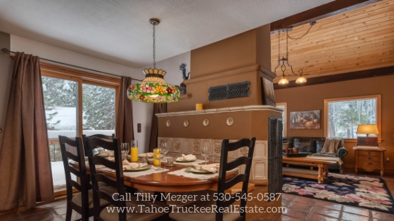 Tahoe Donner CA Homes -  Enjoy amazing meals with friends and loved ones in the elegant dining space of this Tahoe Donner CA home for sale.