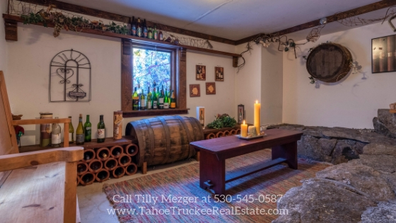 Tahoe Donner CA Homes for Sale - You'll love the upscale finishes that are waiting for you in this Tahoe Donner CA home.