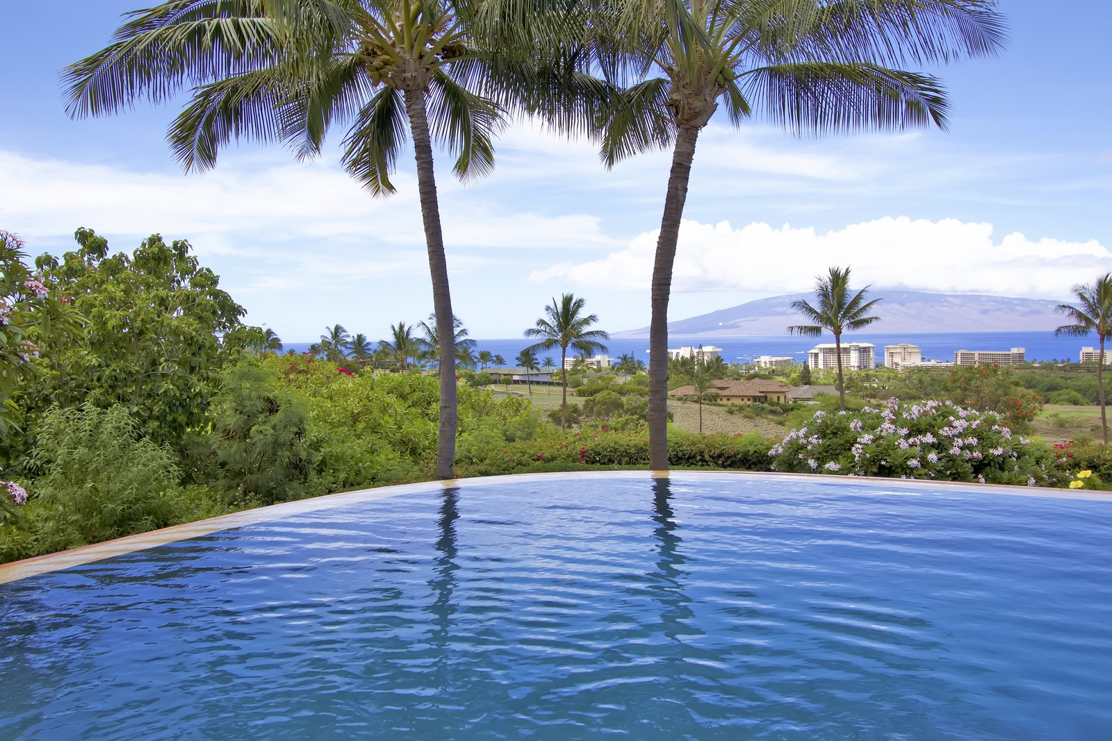 98 West Mahi Pua Place - Infinity Pool