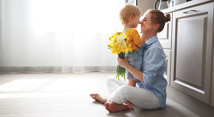 4 Reasons to Buy a Home in the Spring | MyKCM