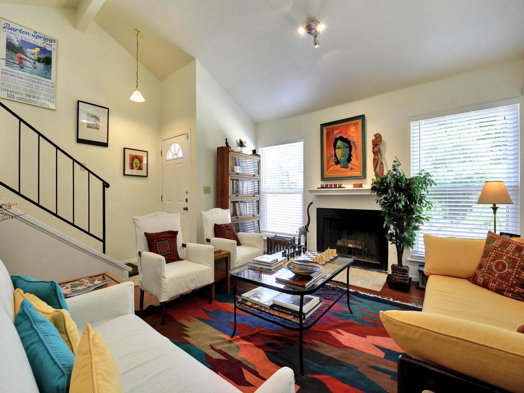 Hillside Apartments Elgin Tx