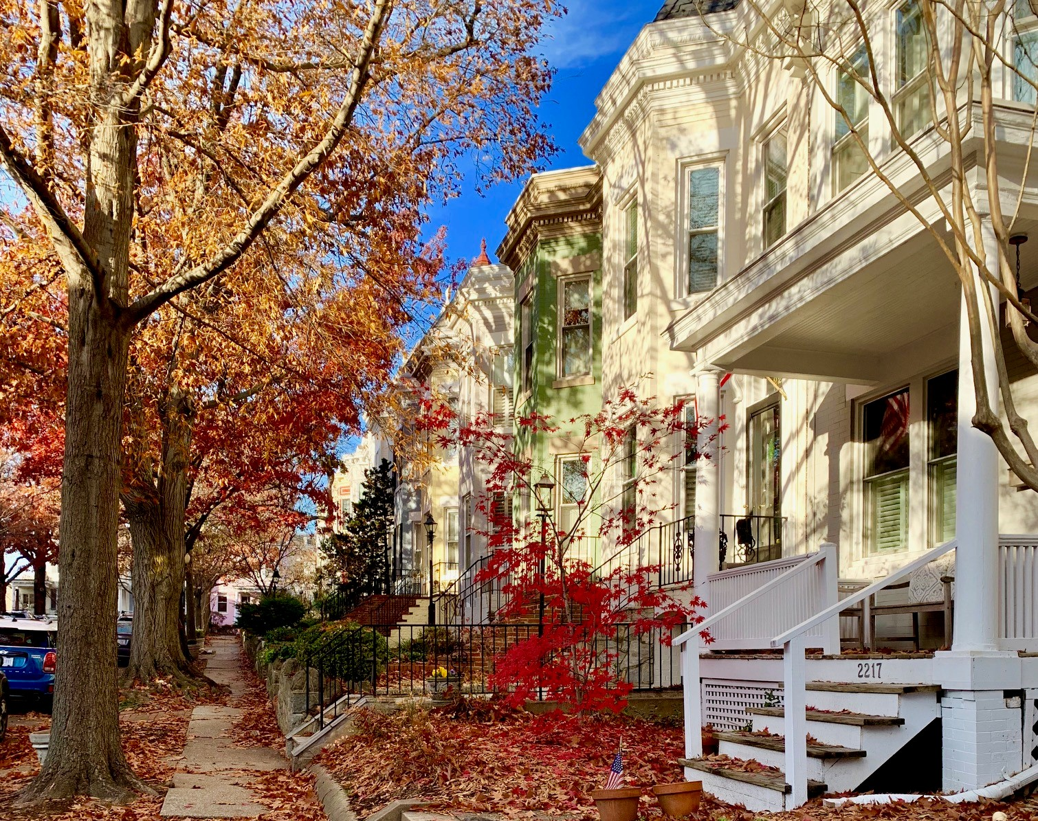 Luxury Row Homes on Hall Pl NW in Glover Park neighborhood, Washington, DC. Art Shmatko Realtor