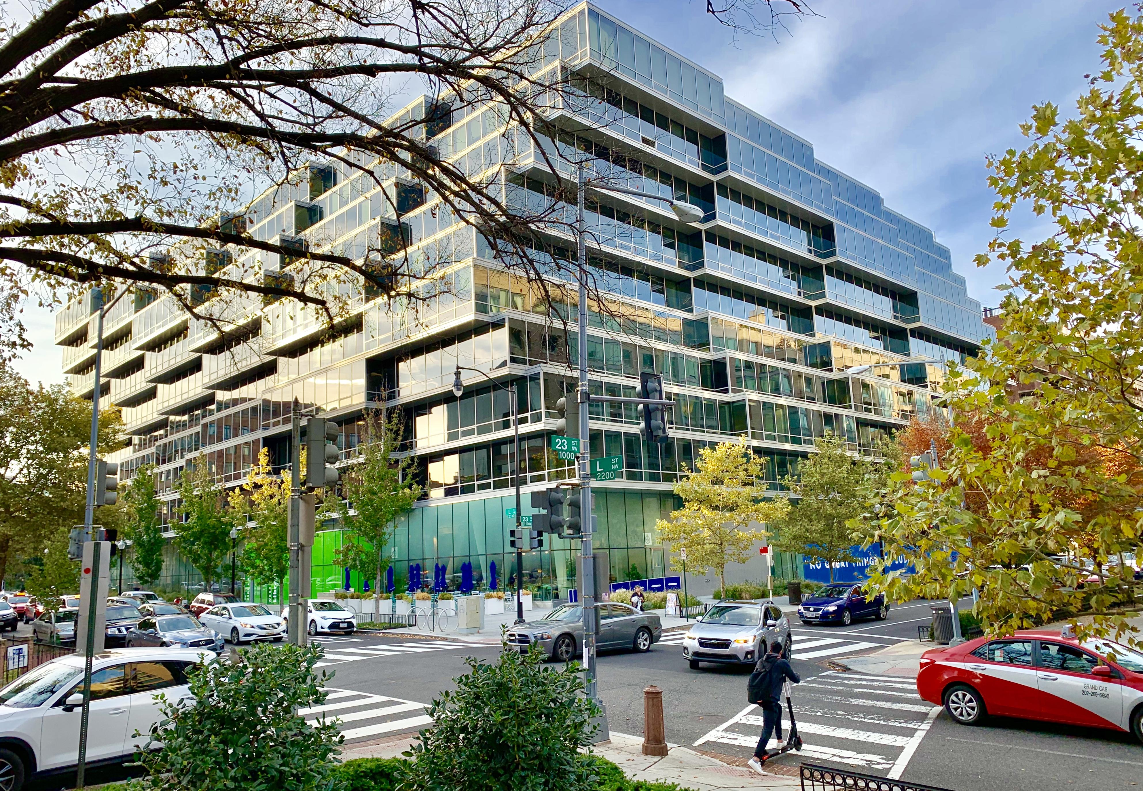 Washington, DC High-Rise Condos. Westlight Condominium in West End