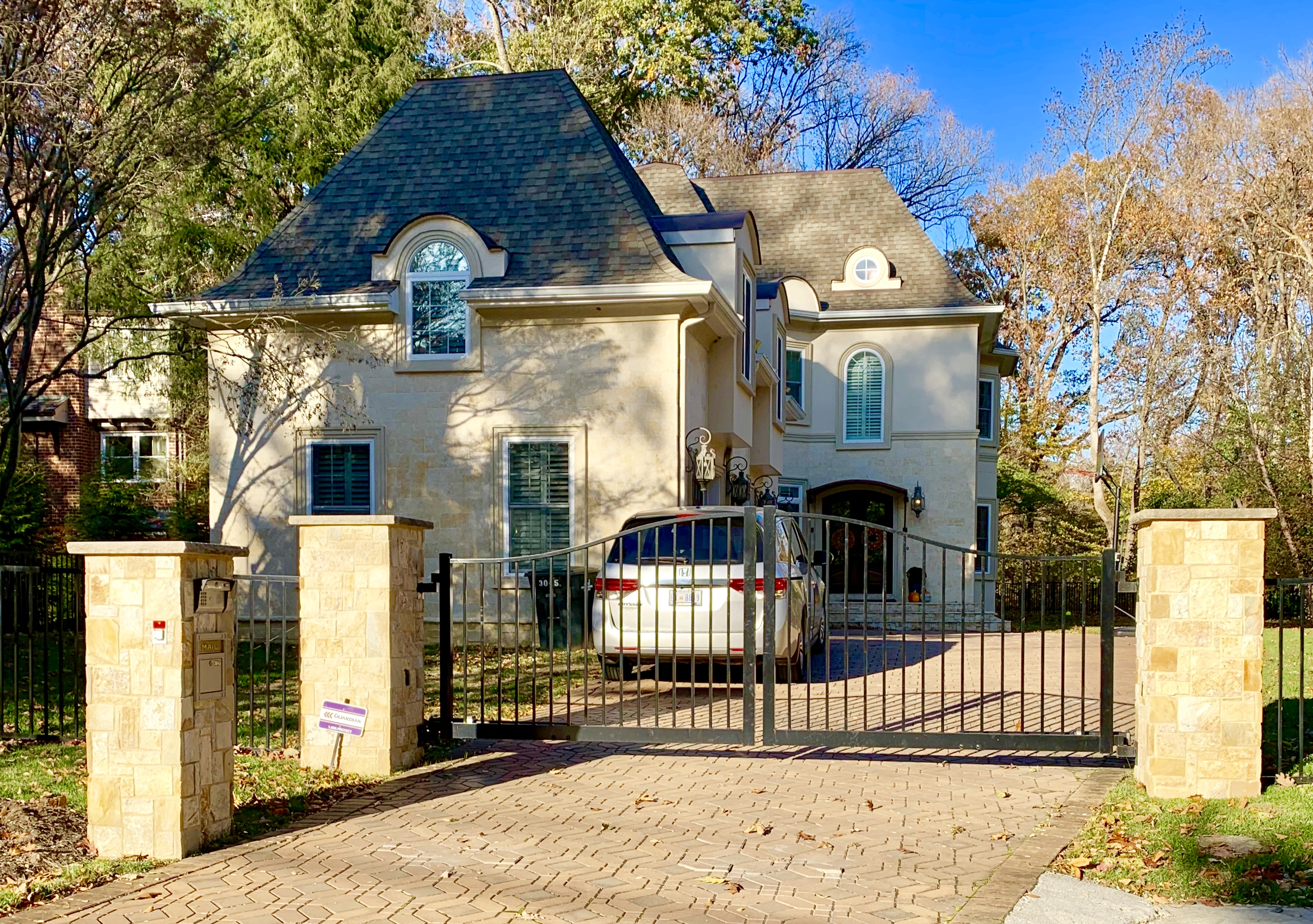 Washington, DC Detached Homes For Sale. 31st St in Barnaby Woods. Art Shmatko Luxury Real Estate Agent