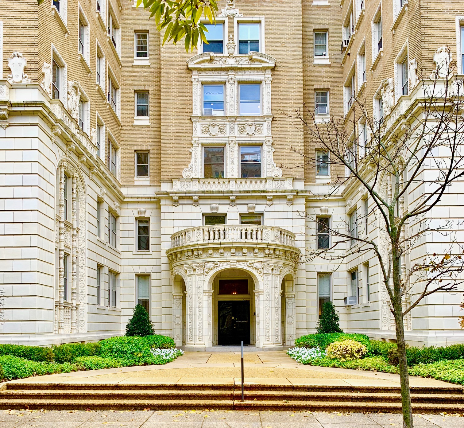 Washington, DC Historic Condos and Coops For Sale. 2029 Connecticut. Artyom Shmatko Luxury Real Estate Agent