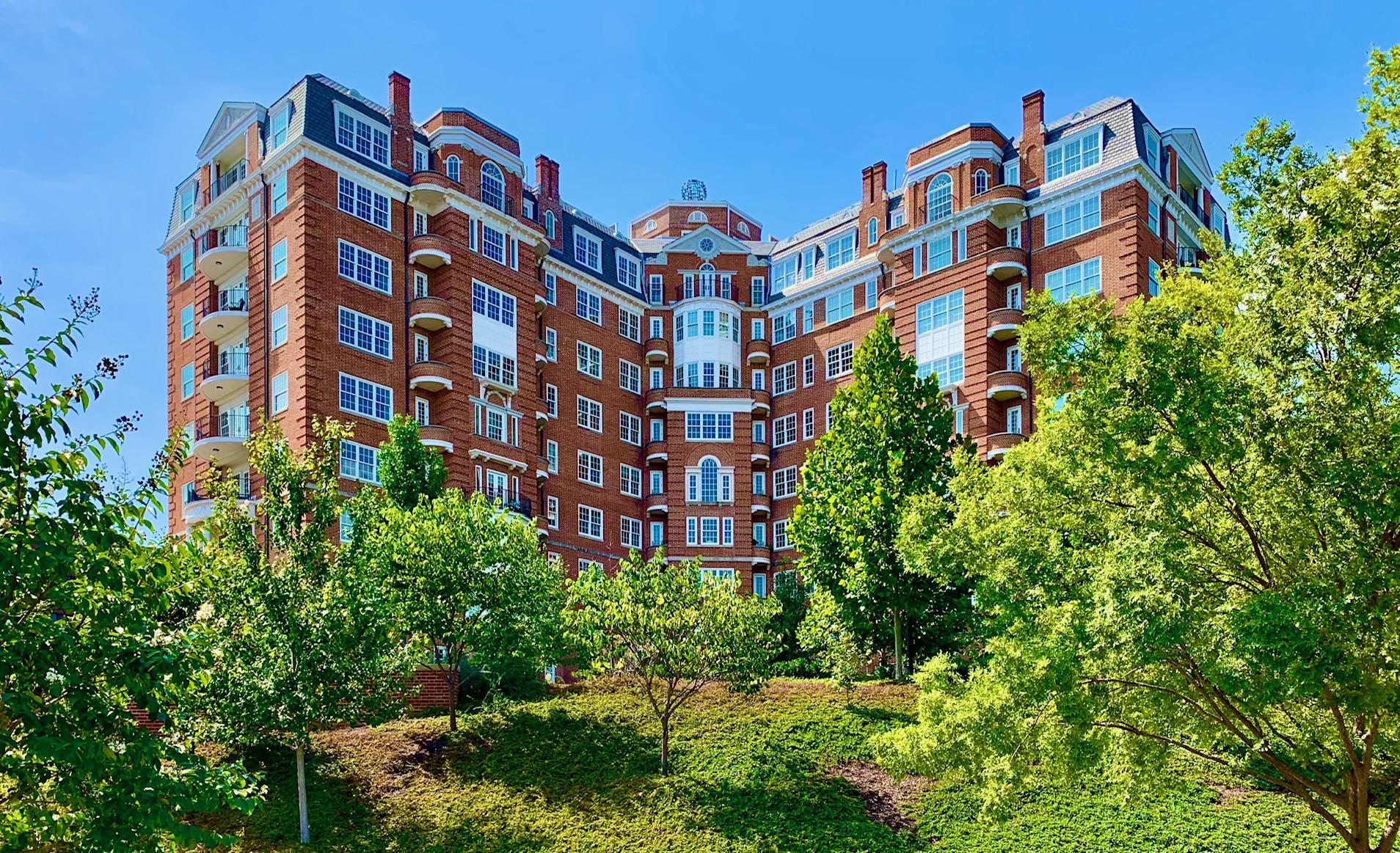 Washington, DC Condos With Concierge. Wardman Tower in Woodley Park