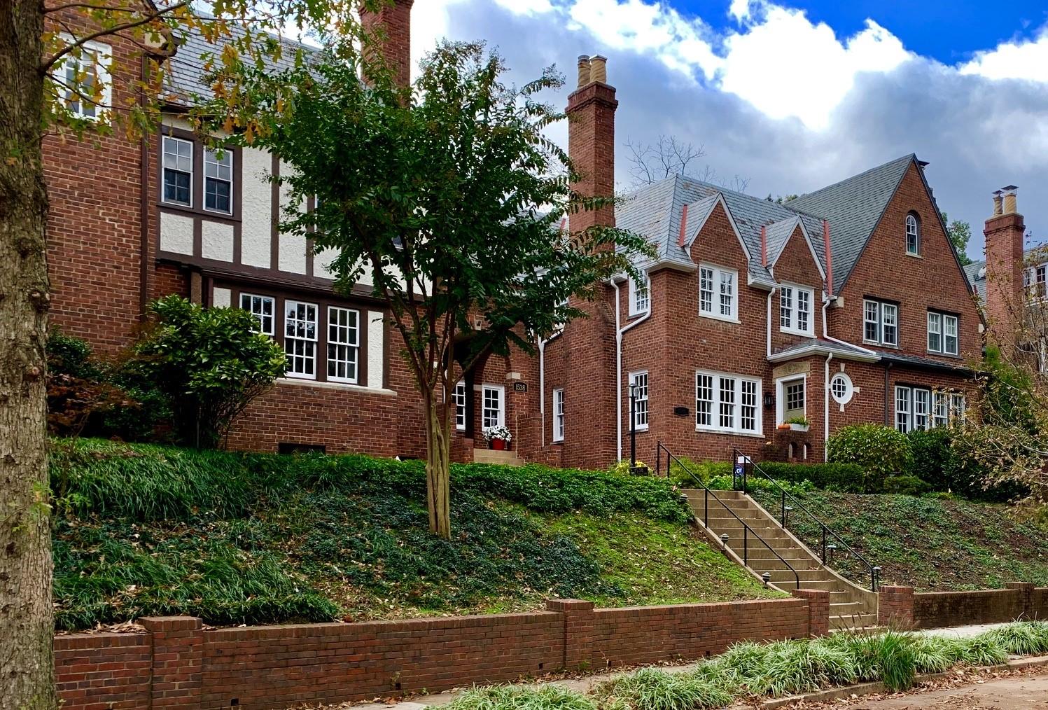 Washington, DC Townhomes For Sale. Foxhall Village. Artyom Shmatko Luxury Real Estate Agent
