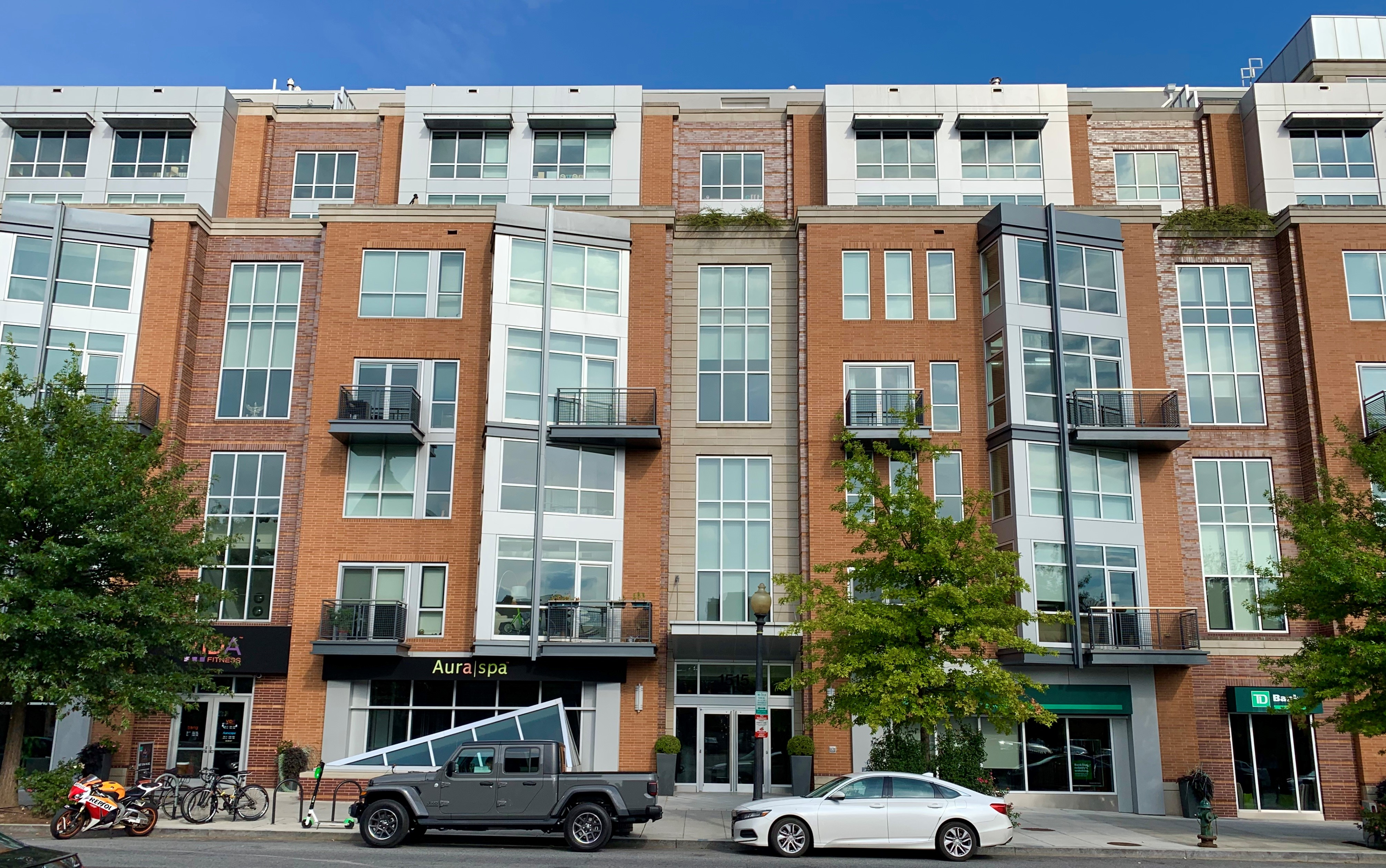 Washington, DC VA Condo Buildings & VA Approved Condos For Sale. The Metropole. Artyom Shmatko Realtor.