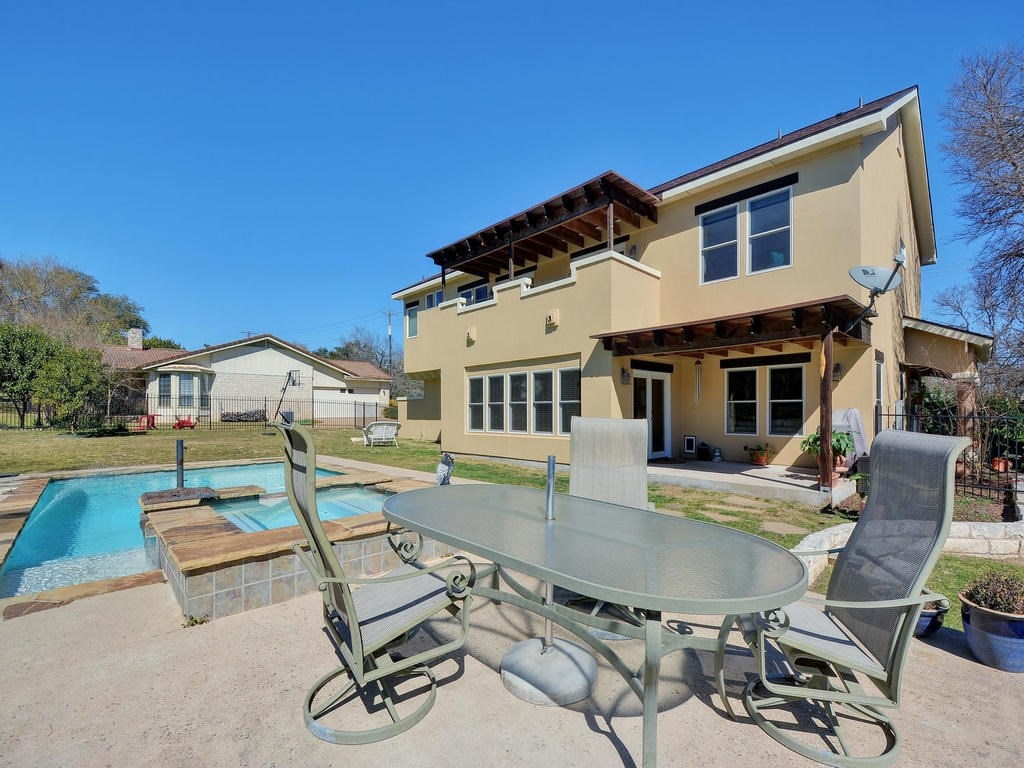 3 New Listings In Lake Travis Isd With A Pool Austin Real Estate Group Lori Wakefield