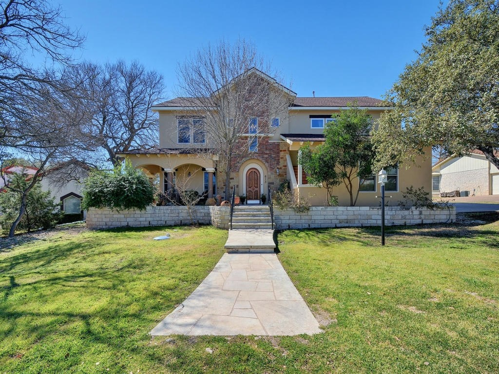 613 Lido St., Lakeway TX 78734 For Sale $569,000 | Austin Real Estate Group Lori Wakefield REALTOR Keller Williams Realty