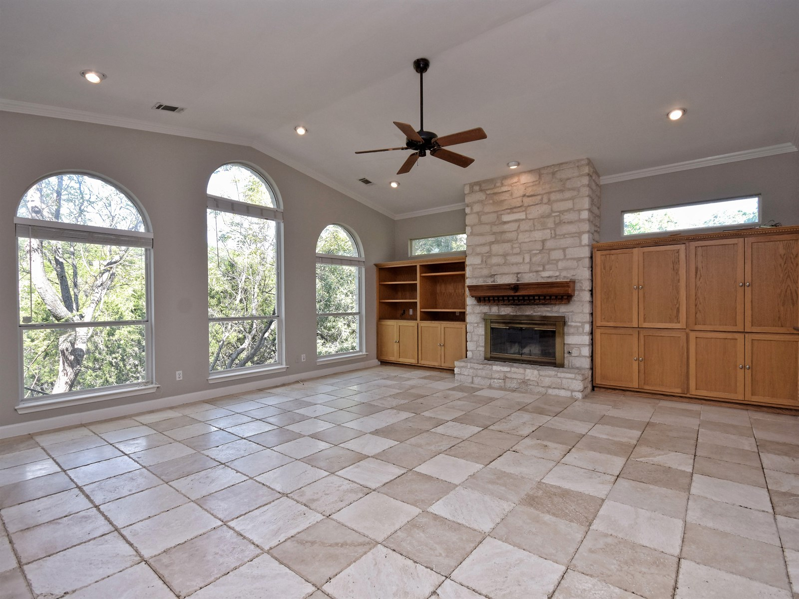 708 Bermuda Lakeway TX | Lori Wakefield REALTOR | Keller Williams Lake Travis