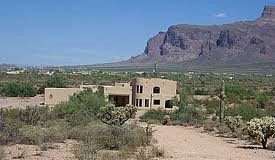 Home in Apache Junction