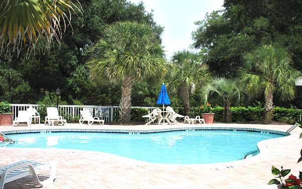 Pool at the Gardens at Cypress Bay