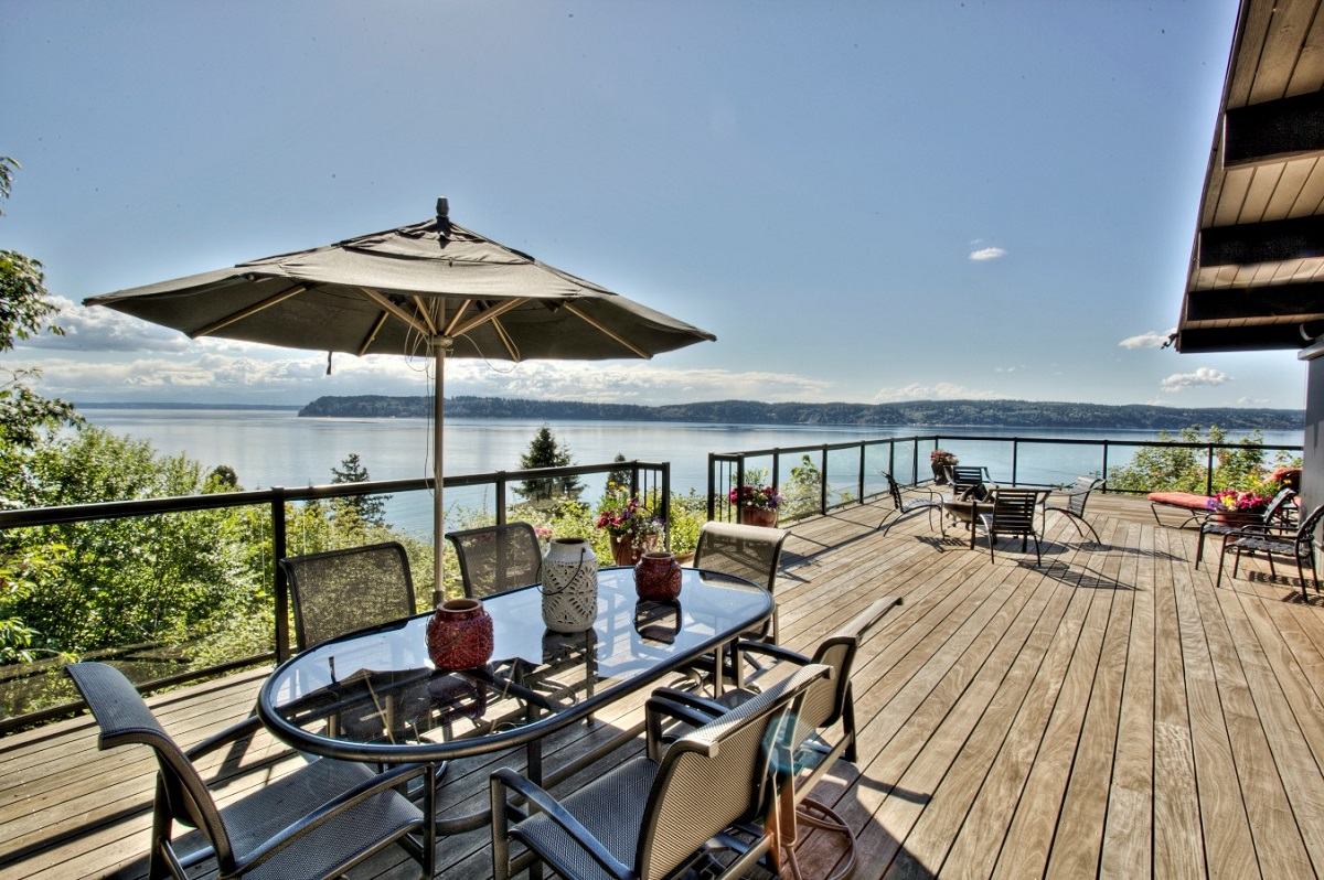Homes for Sale in Smugglers Cove Mukilteo Washington