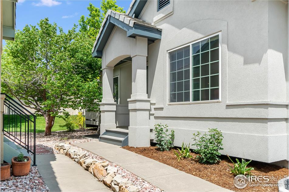483 Clubhouse Ct Loveland, CO 80537