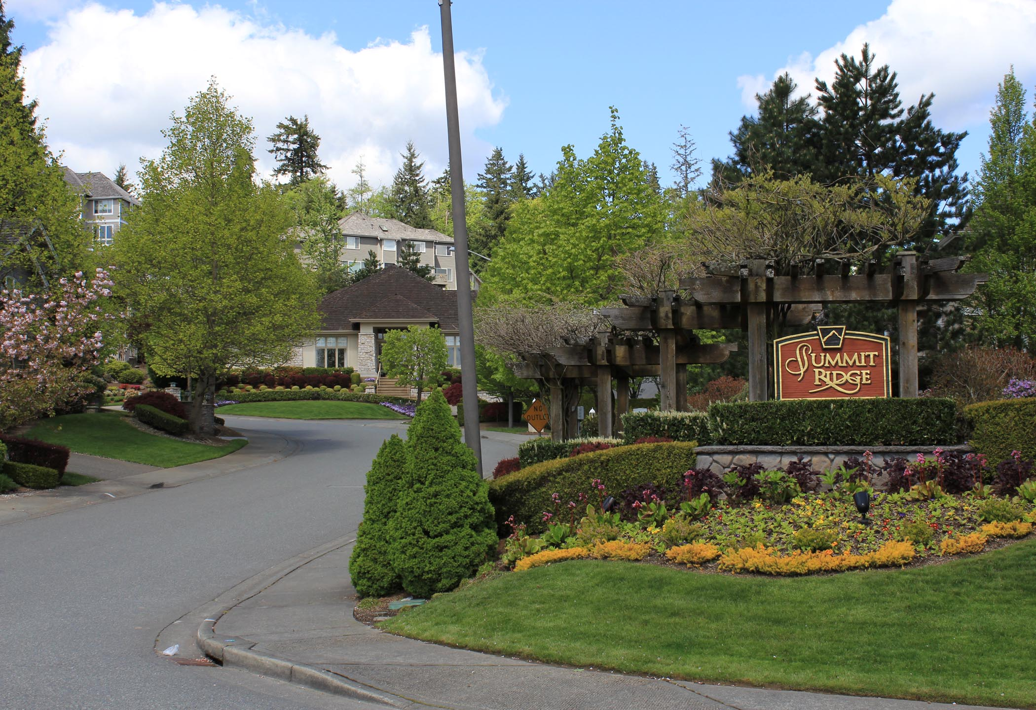 The summit homes for sale bellevue wa for Summit county home builders