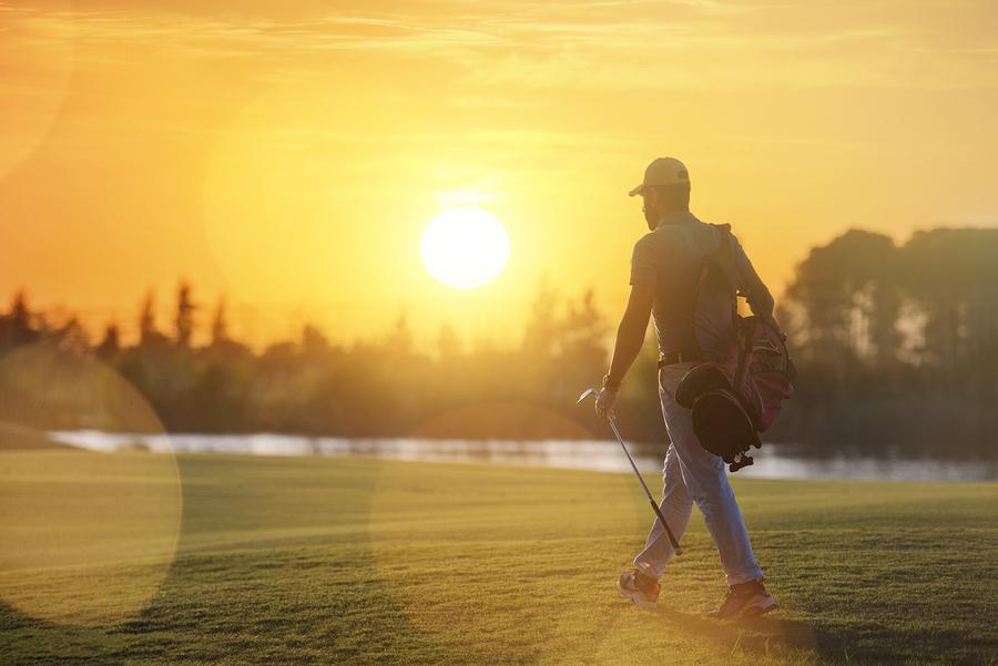 Search MacDonald Highlands homes and play golf at Dragon Ridge.