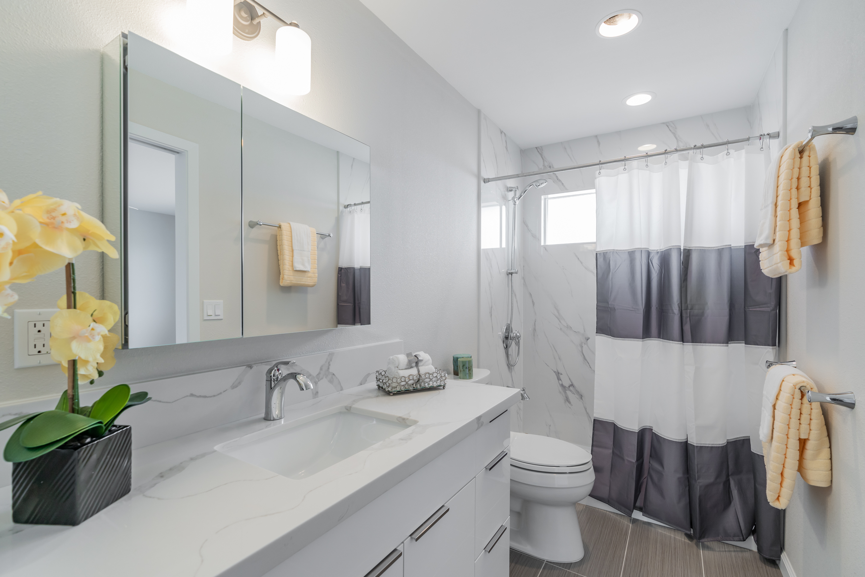 Master bathroom at 1118 Maalaea Road #3 Honolulu, HI 96817