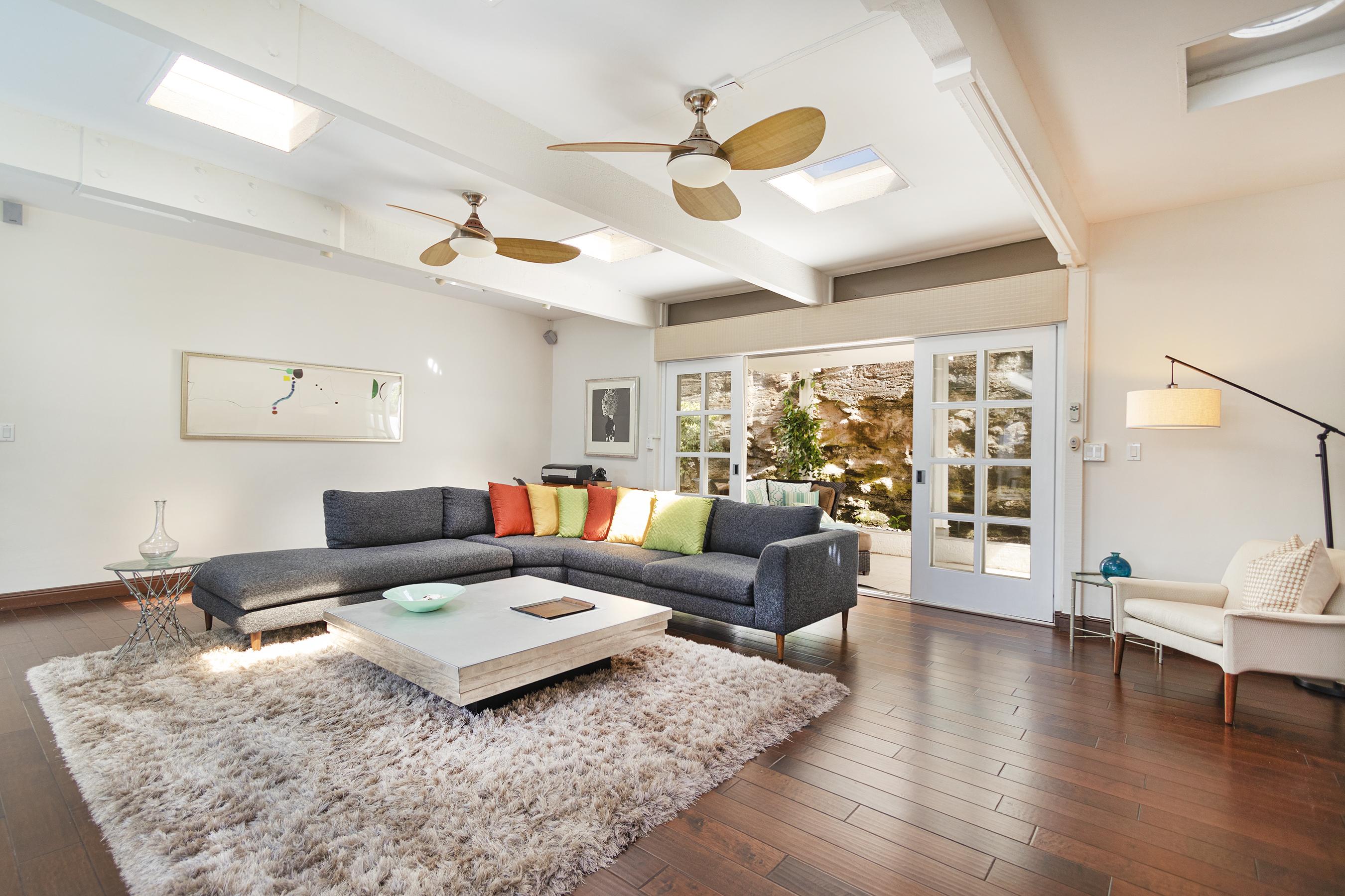 Family room at 113 Lumahai Street