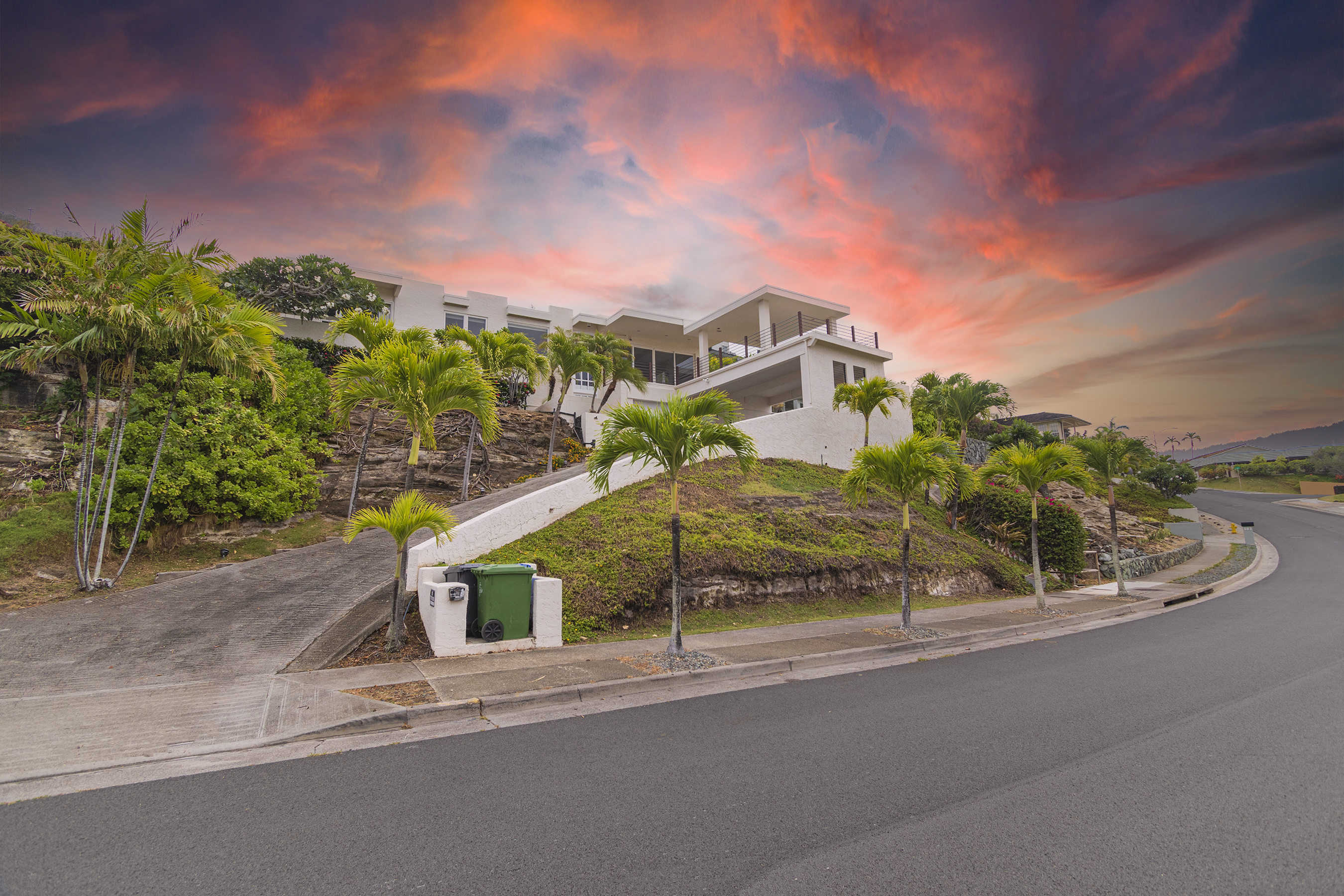 Front view with sunset at 113 Lumahai Street