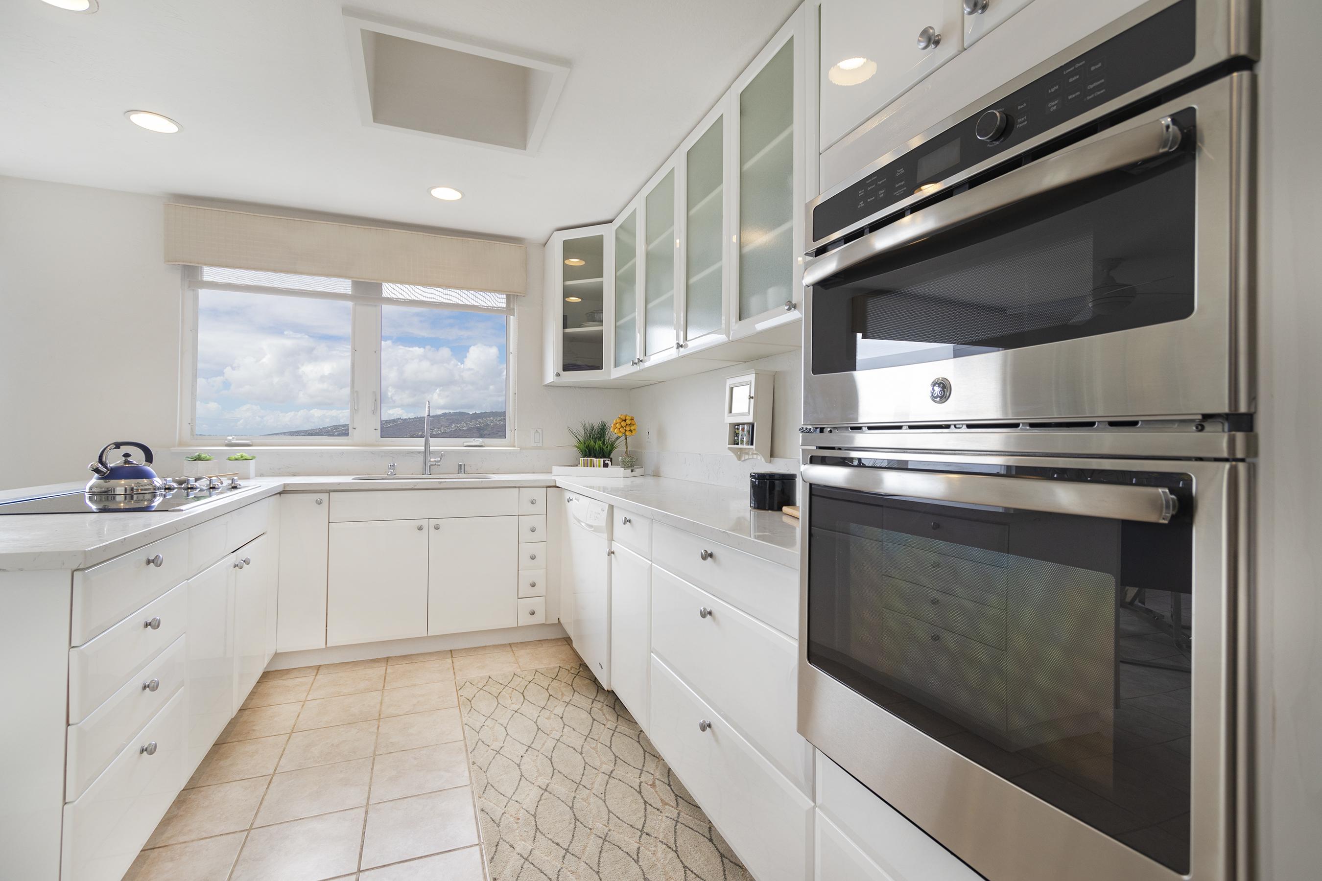Kitchen at 113 Lumahai Street