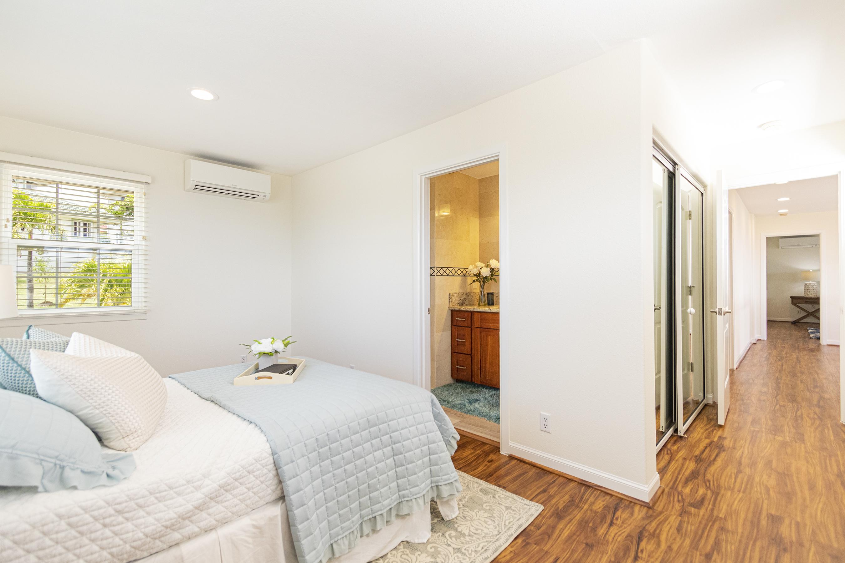 Junior suite at 122 Kokololio Place