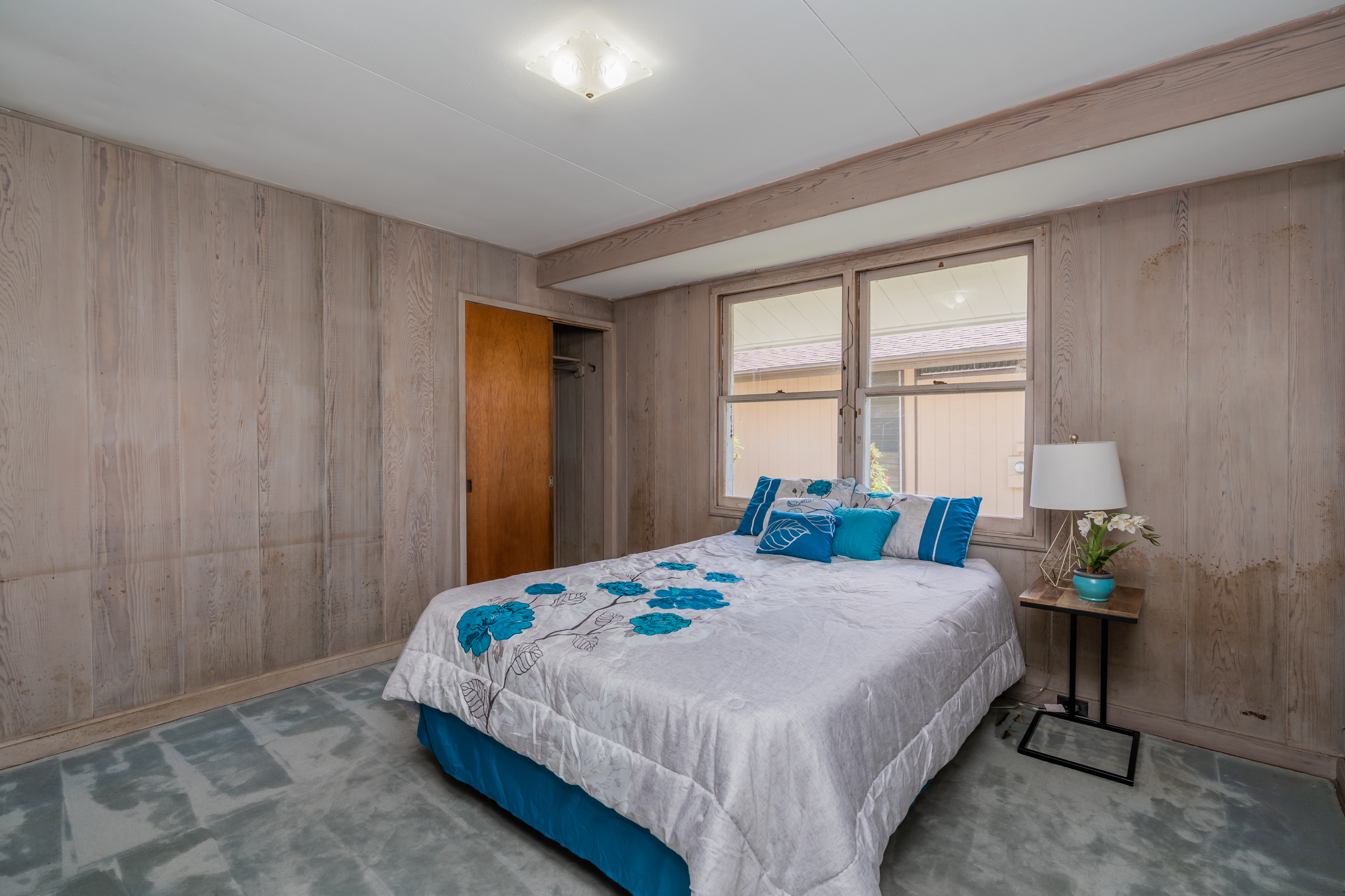 Second bedroom at 2238 Seaview Avenue