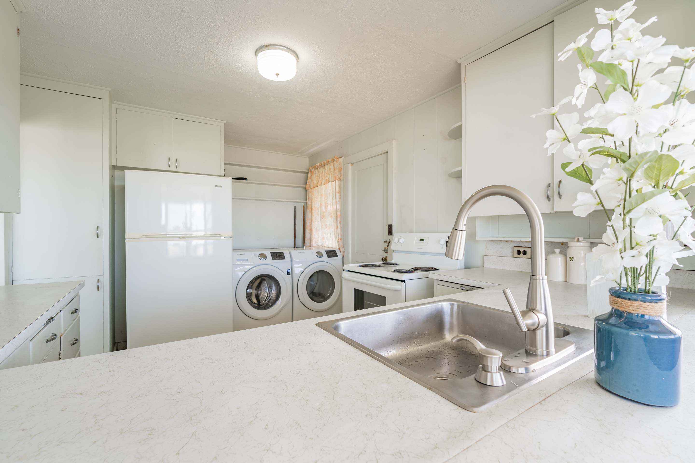 Laundry and Kitchen at 2238 Seaview Avenue
