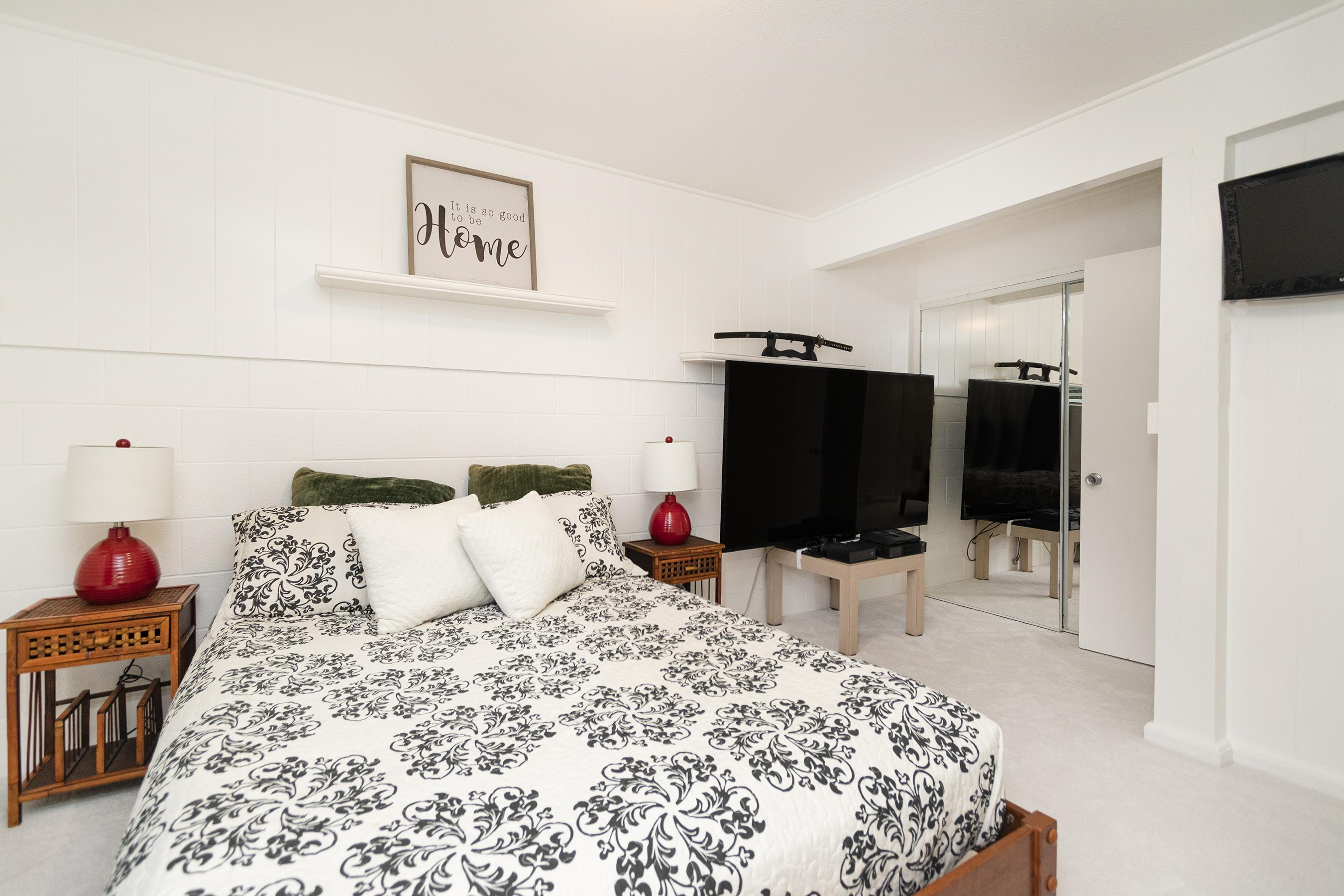 Downstairs Bedroom at 380 Puiwa Road, Honolulu, HI 96817