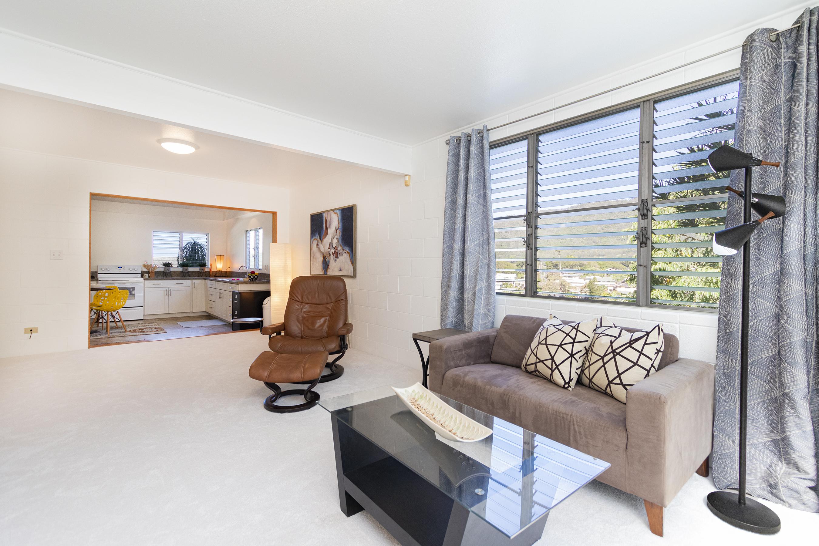 Downstairs Living Area at 380 Puiwa Road, Honolulu, HI 96817