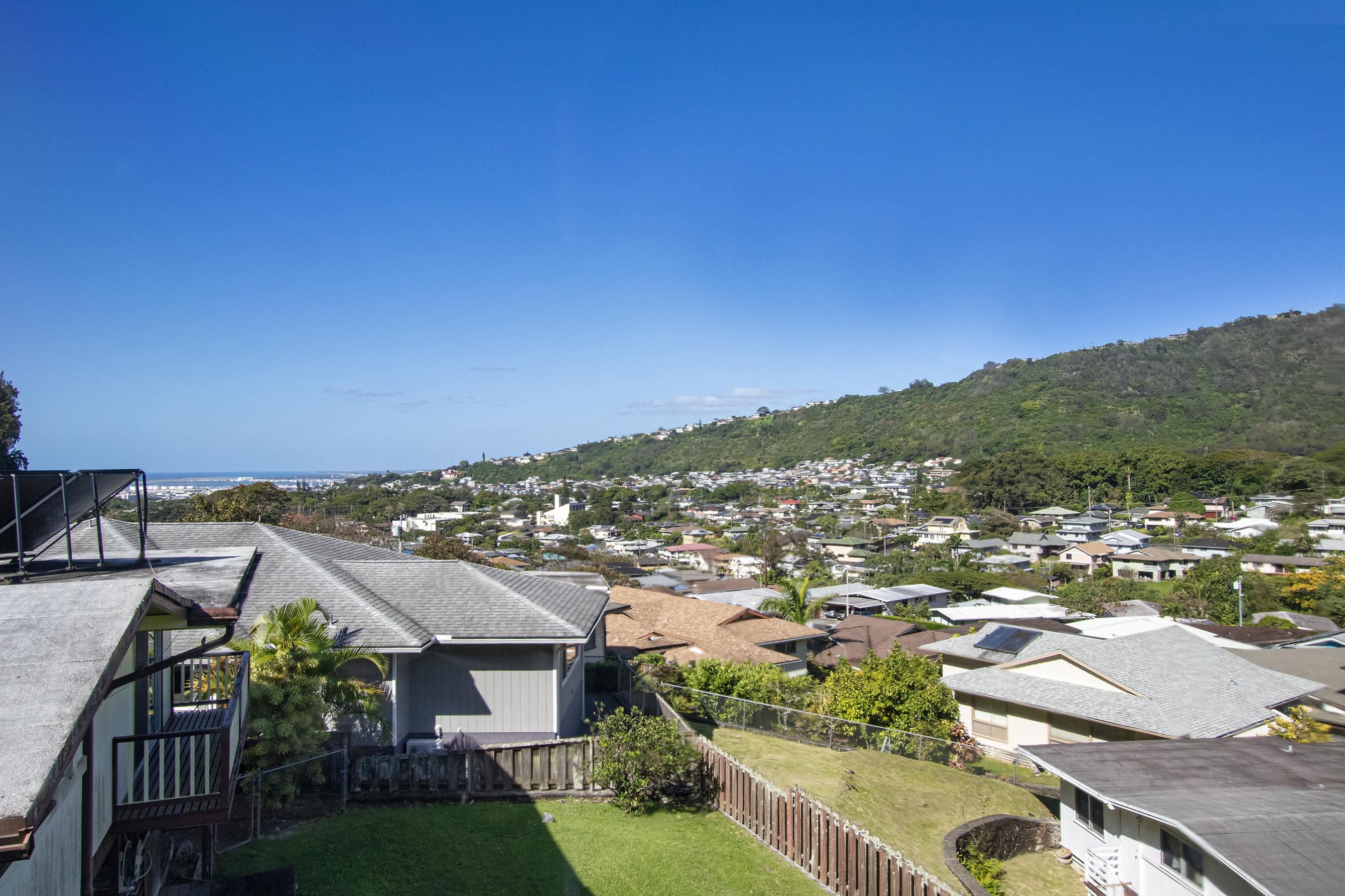 View at 380 Puiwa Road, Honolulu, HI 96817