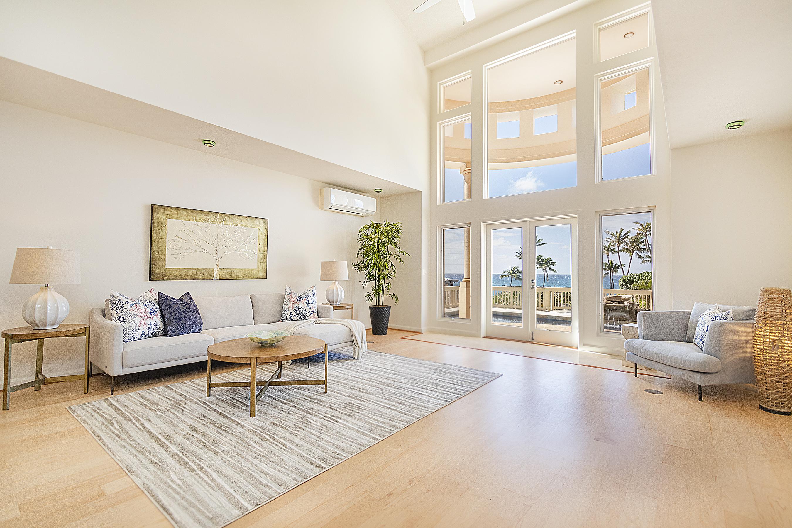 Living Room at 4323 Kaikoo Place, Honolulu, HI 96816