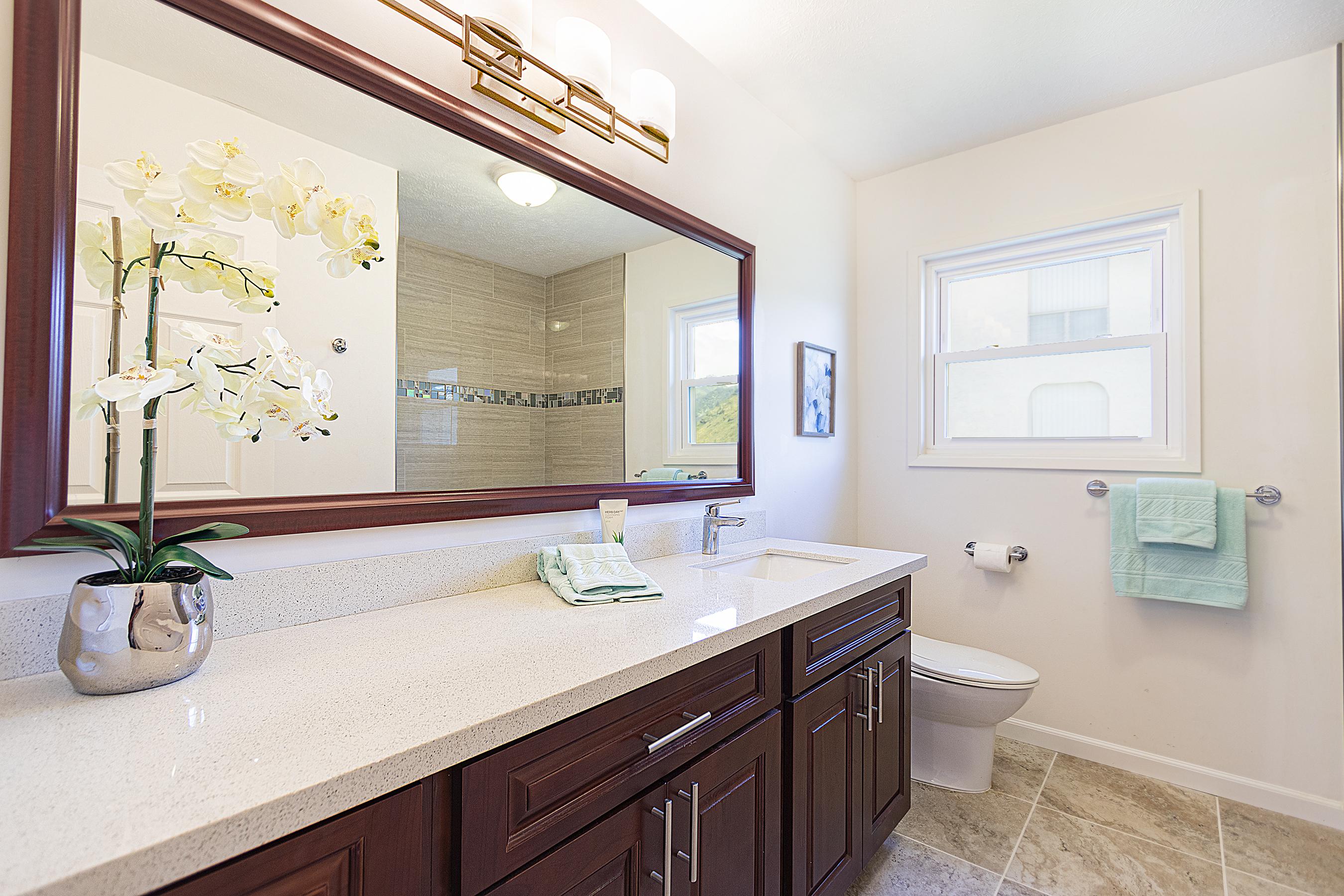 Second bathroom at 5307 Poola St Honolulu 96821