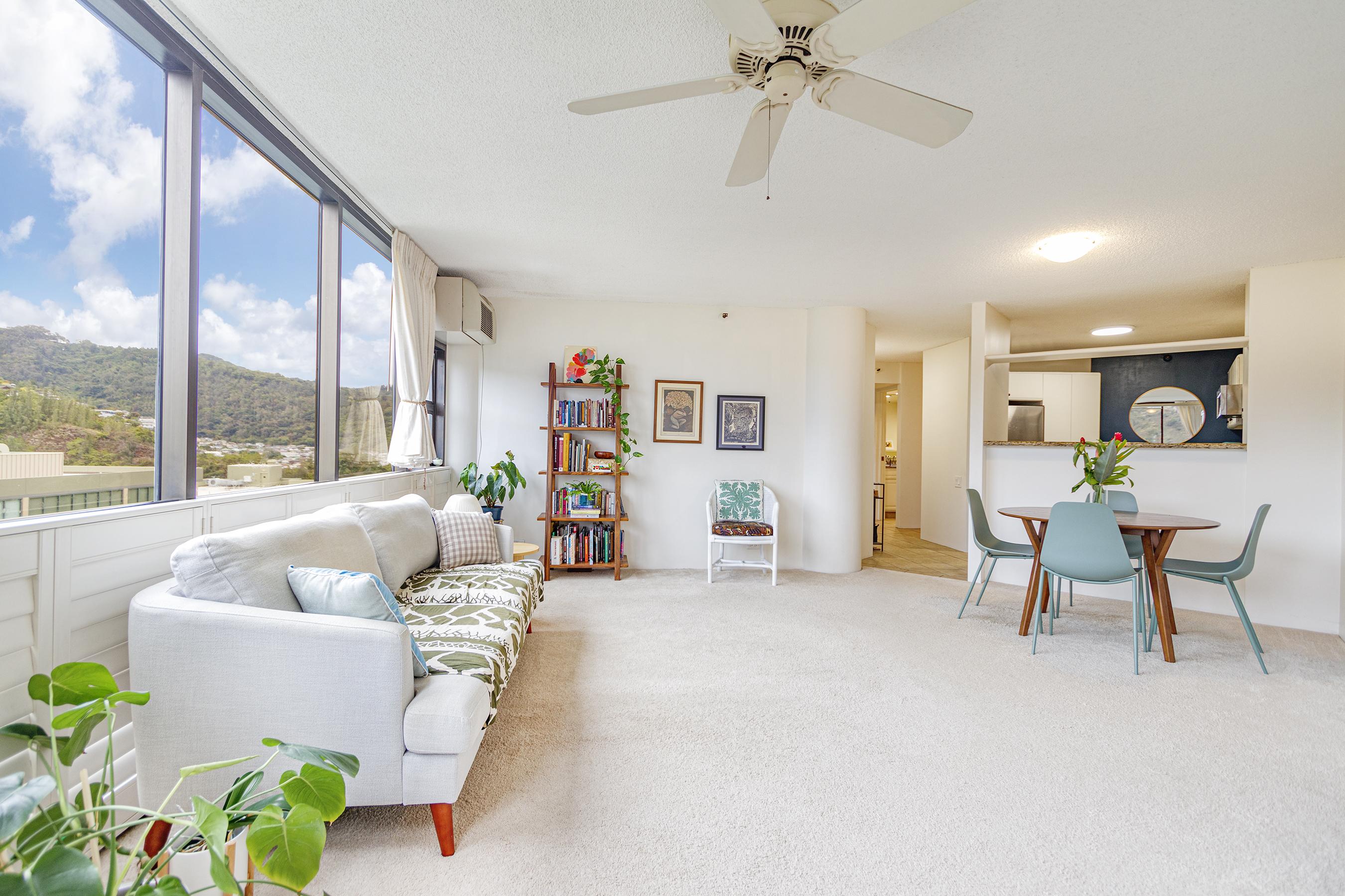 Living room at 2101 Nuuanu Ave #I/1806 Honolulu, HI 96817