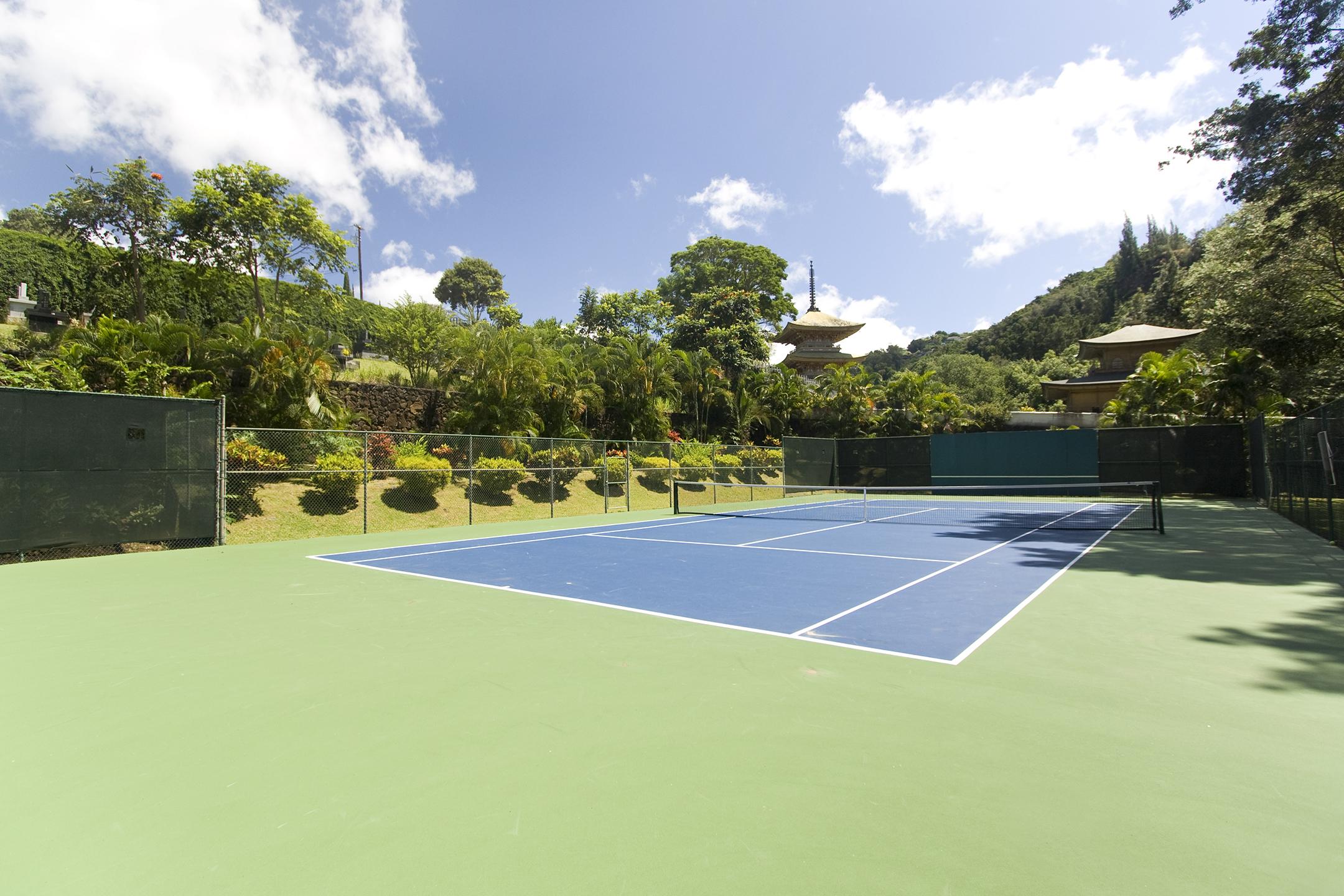 Tennis at 2101 Nuuanu Ave #I/1806 Honolulu, HI 96817