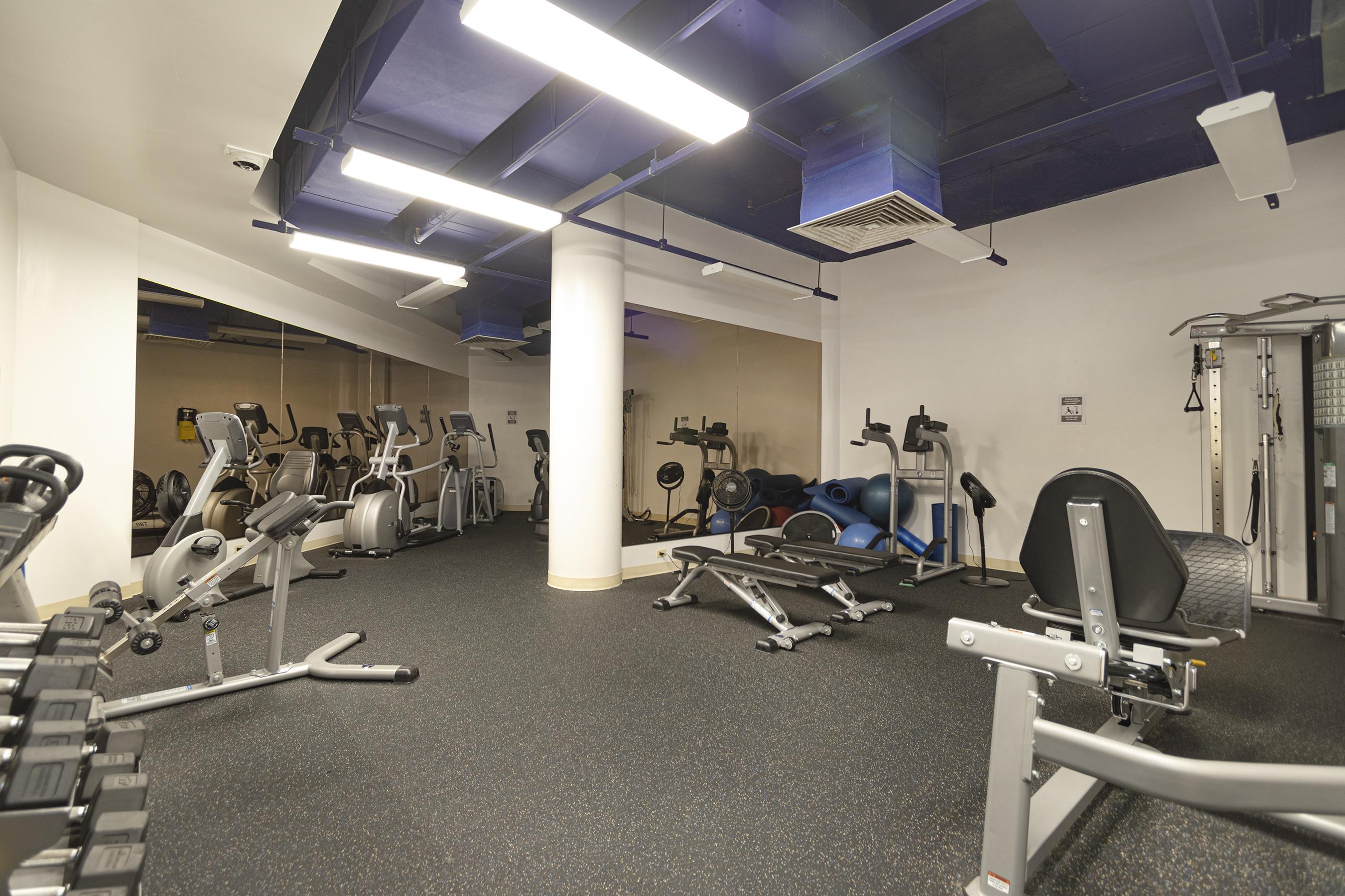 Gym at 2101 Nuuanu Ave #I/1806 Honolulu, HI 96817