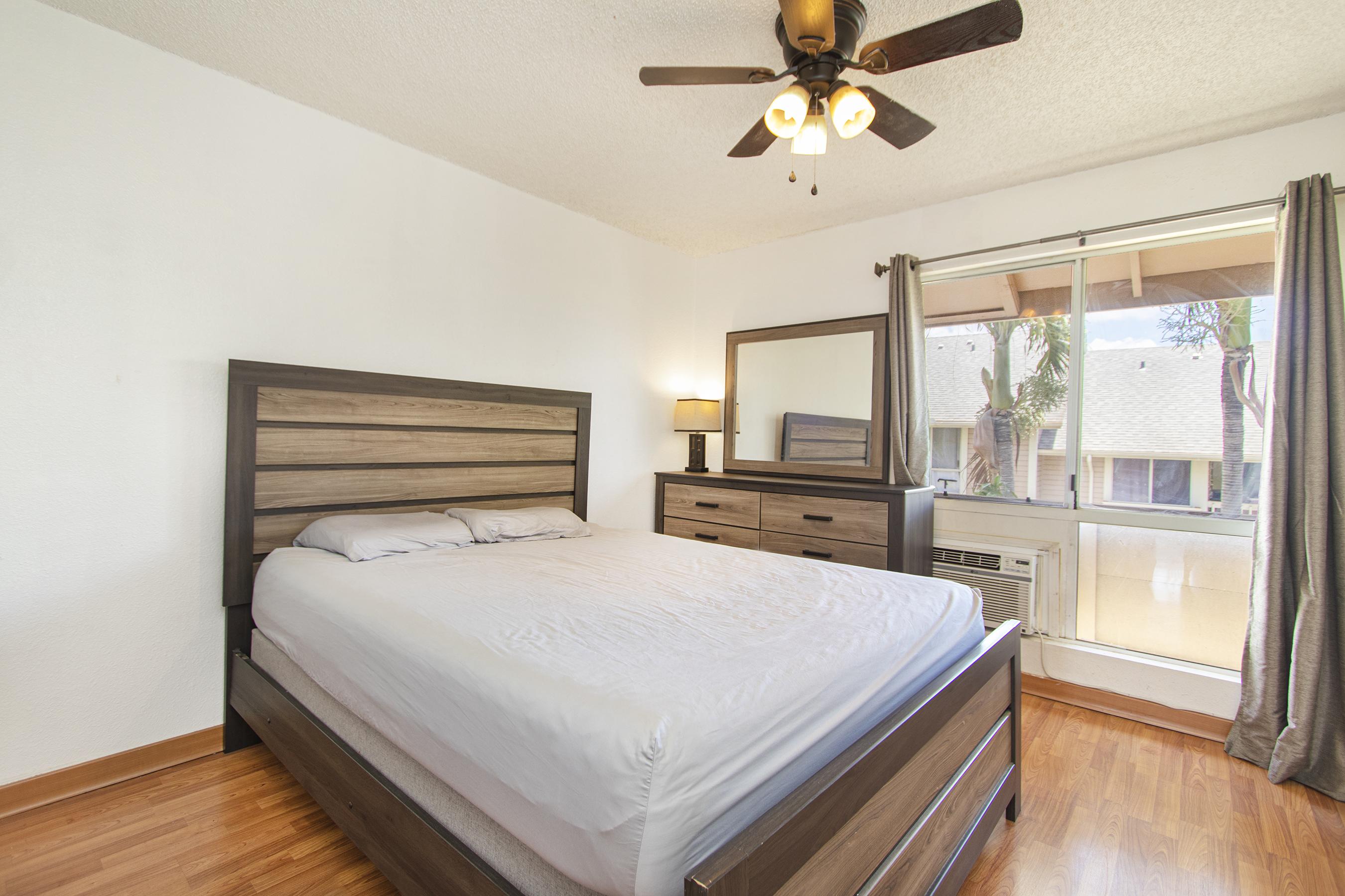 Master bedroom at 94-517 Lumiaina Street Unit K205