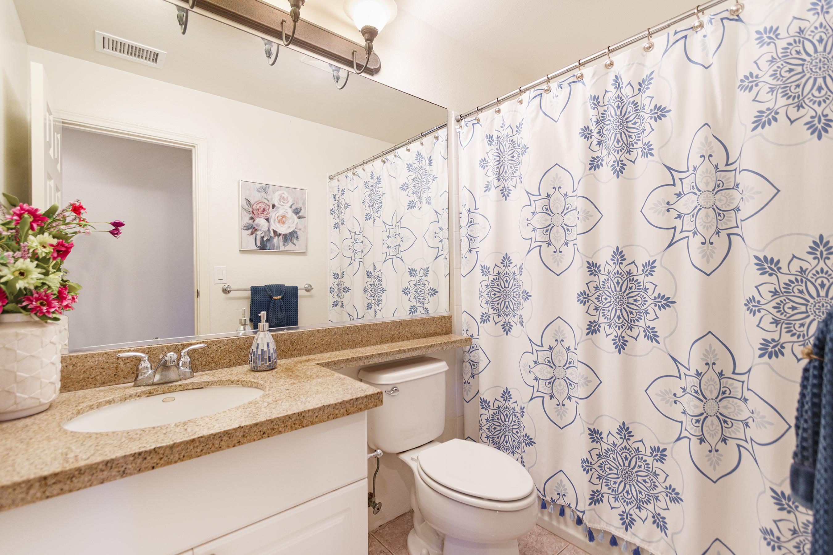 Second bathroom at 580 Lunalilo Home Road VB2409