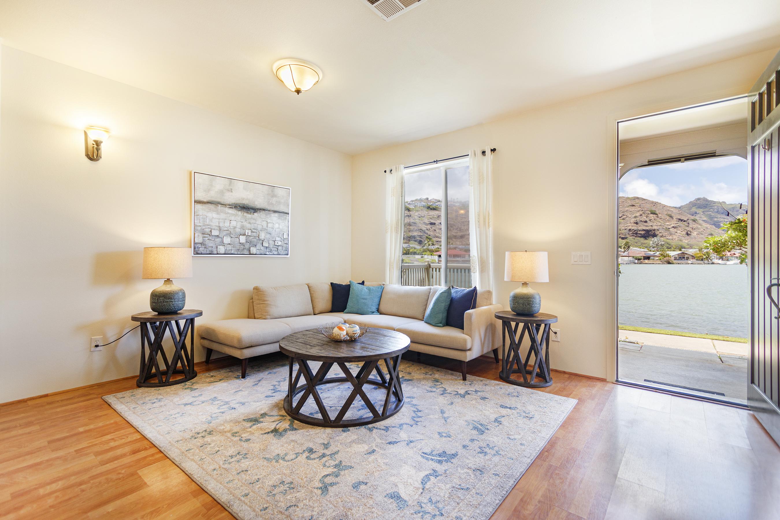 Living room & marina at 580 Lunalilo Home Road VB2409