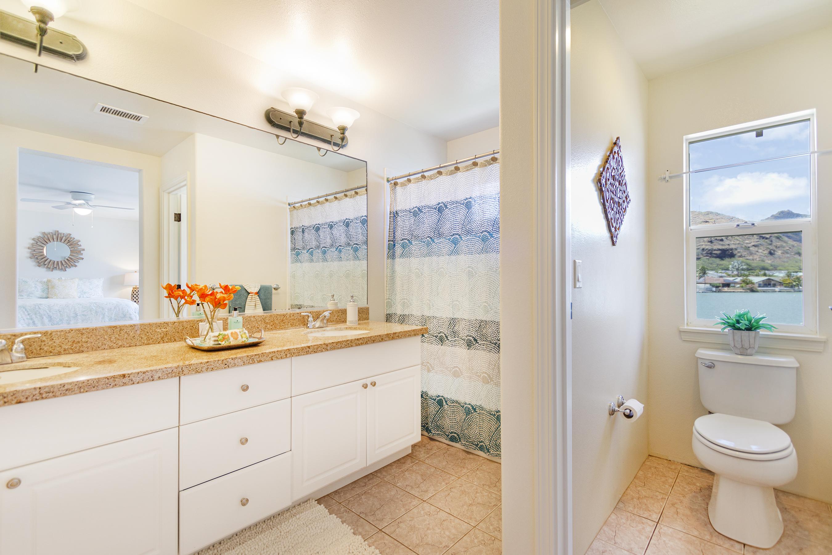 Master bathroom at 580 Lunalilo Home Road VB2409