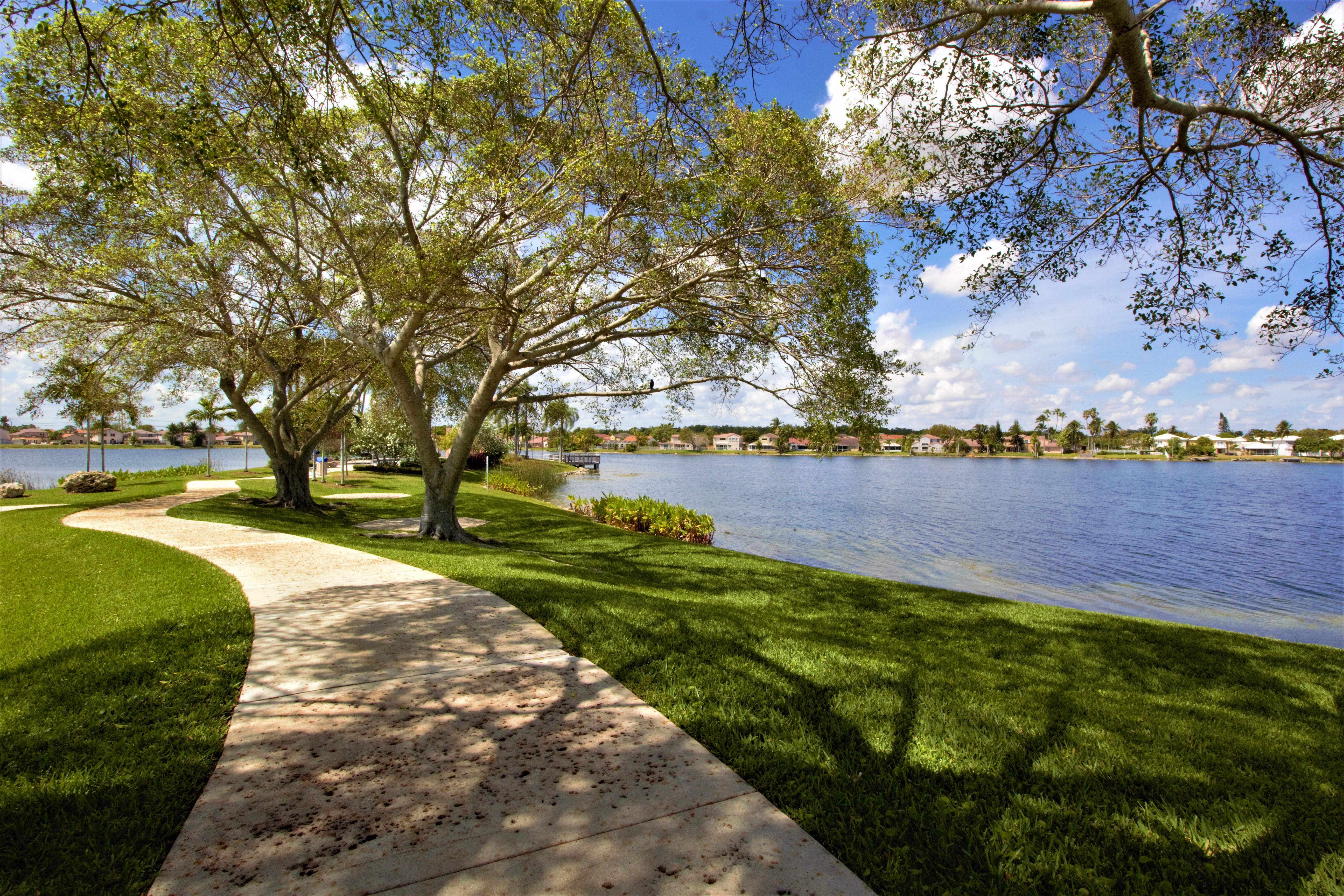 Coral Bay Walkway