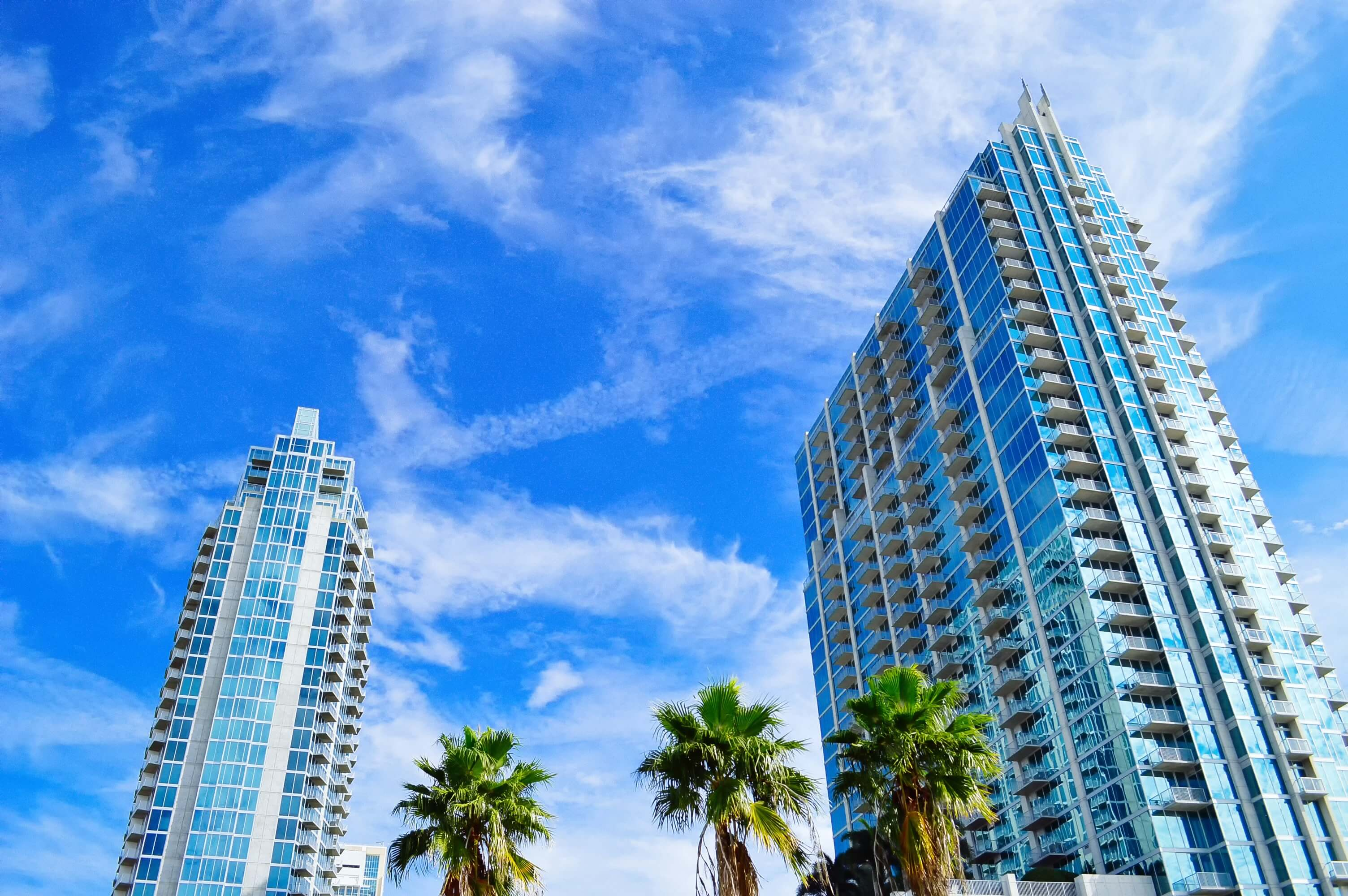 If you are trying to choose between buying a condo or a house, a few factors can help you decide which option suits your family more.