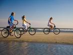 hgtv_dream_home_beach_bikes_sm.jpg