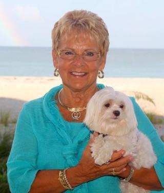 Carol Sue Roberts, real estate agent at CENTURY 21 Coast to Coast